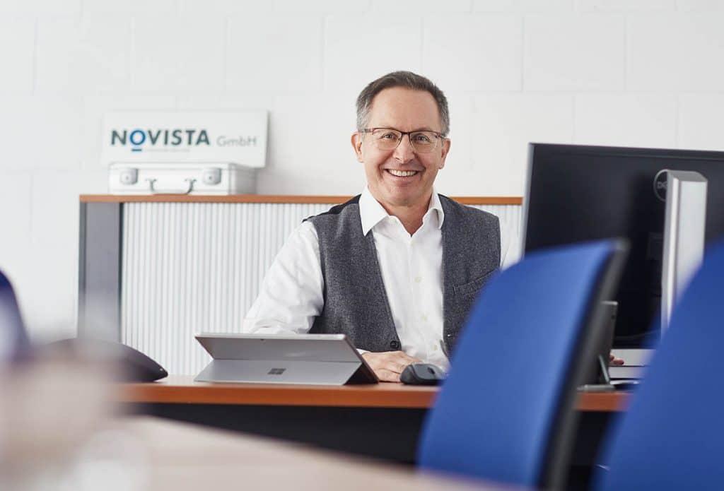 Hans-Ulrich Stämpfli Novista